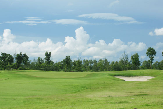 ロイヤルミンガラドンゴルフ&カントリークラブ
