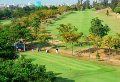 パラダイスゴルフクラブ