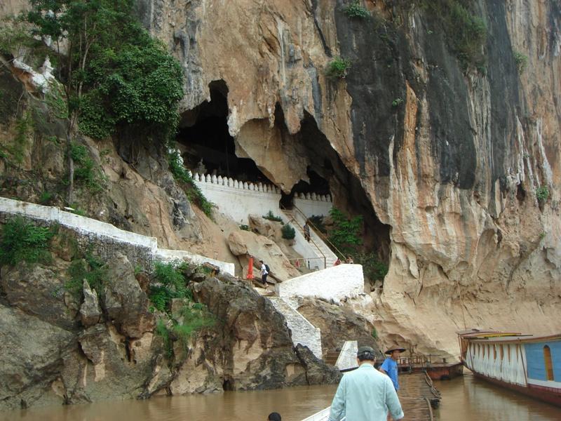 半日:象乗り(40分)とセー滝(昼食付)※毎年12月から6月までセー滝では水量が少ないため、クアンシー滝へご案内します