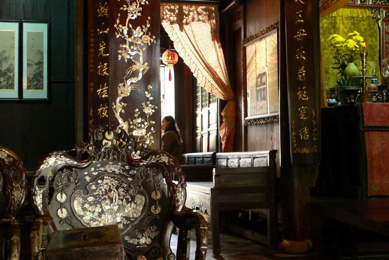 半日:世界遺産ホイアン観光(遠来橋、復建会館、フーンフンの家)昼食付