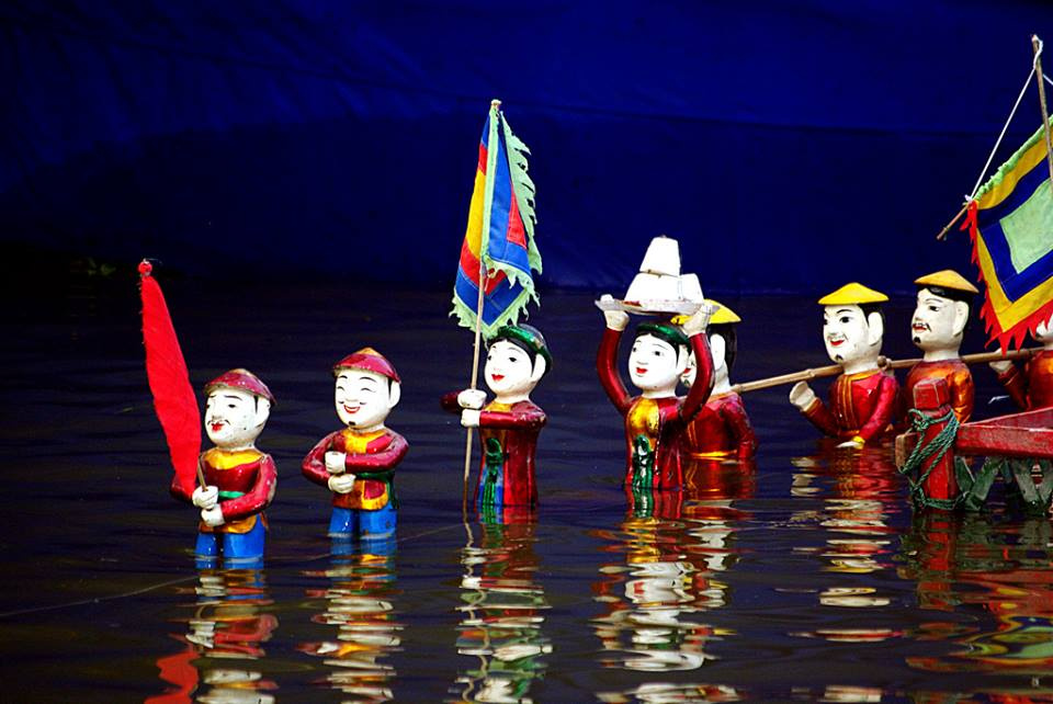 水上人形劇と夕食(ベトナム料理STDメニュー)