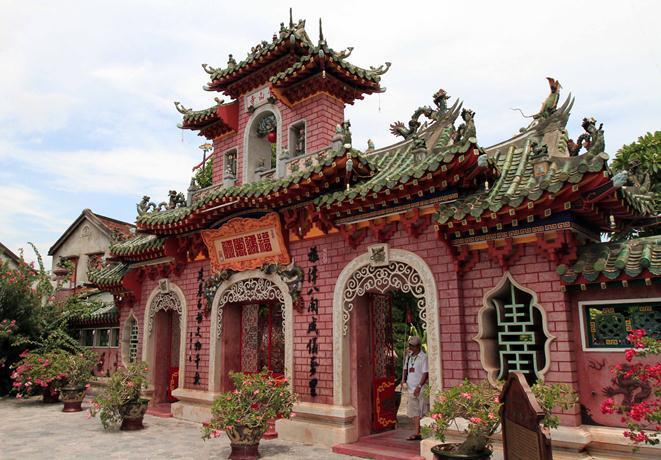 半日:世界遺産ホイアン観光 (遠来橋、復建会館、フーンフンの家)
