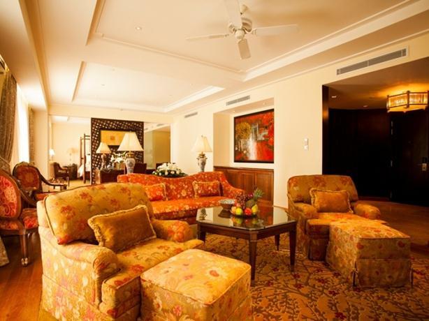 インドシン パレス ホテル