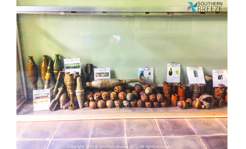 半日:アキー・ラー地雷博物館見学(入場料込)