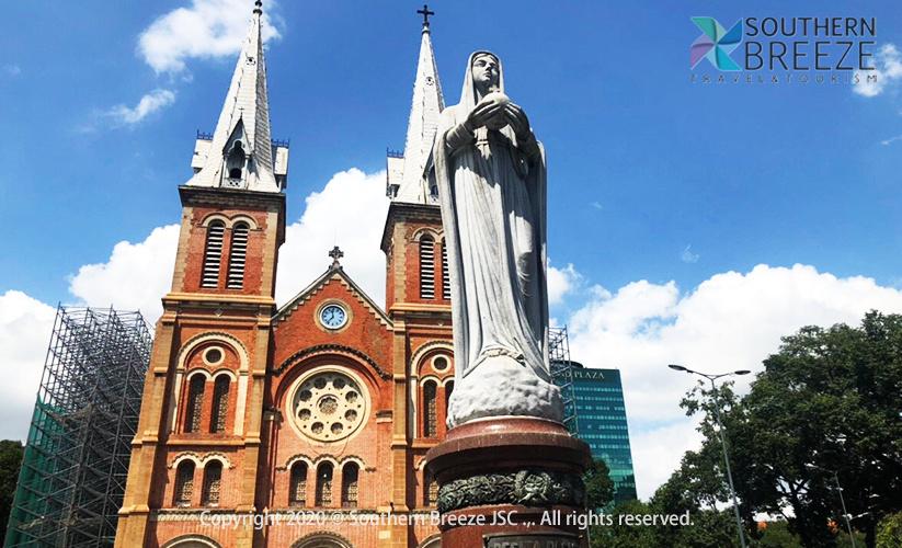 一日:クチ地下トンネルと市内観光(統一会堂、戦争博物館、サイゴン大教会、中央郵便局、ベンタン市場)昼食付 ※サイゴン大教会は改修中です。