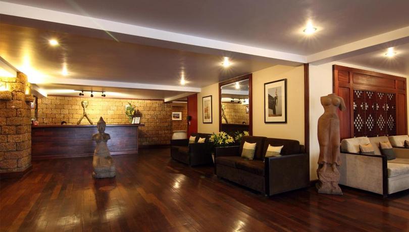アマンジャヤ パンカム スイーツ ホテル